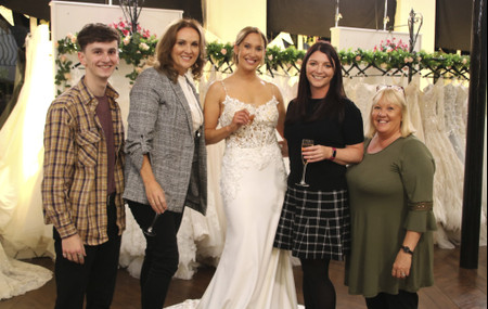 """""""I Can See What You've Eaten for Dinner"""": Mother-in-Law Slams Bride's Dream Dress on Say Yes to the Dress"""