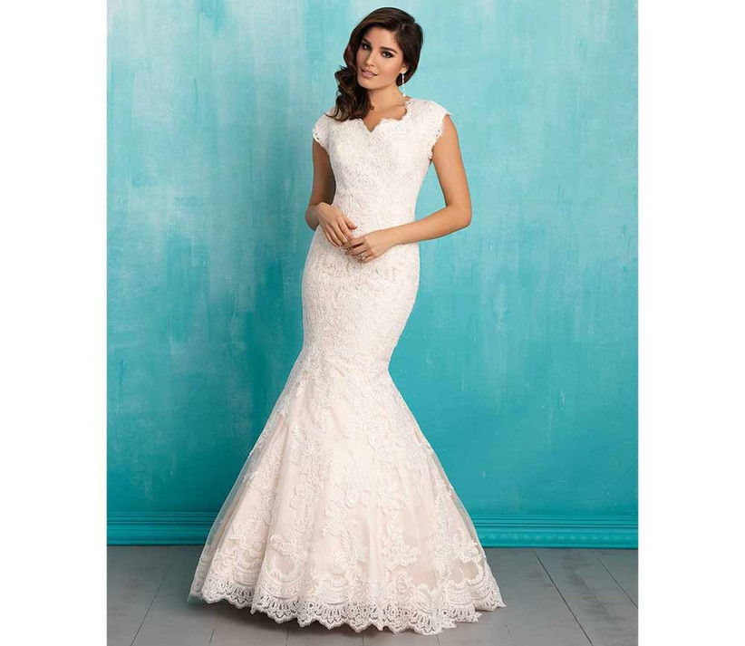 classic-fishtail-wedding-dress-by-allure-bridals