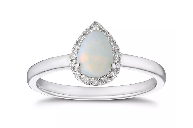 Opal pear shaped ring