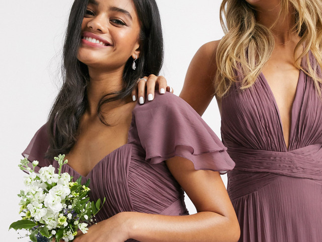 The 38 Best High Street Bridesmaid Dresses for 2021