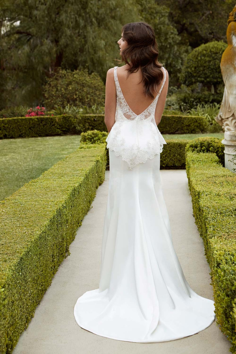 v-back-wedding-dress