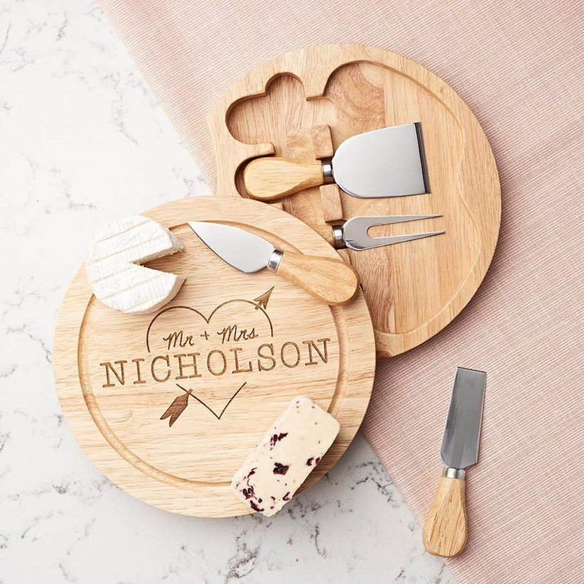 personalised-wooden-cheese-board