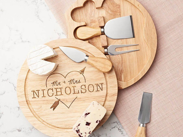 5th Wedding Anniversary Gifts: 26 Wooden Gift Ideas to Inspire You