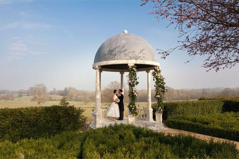 outdoor-wedding-venues-6