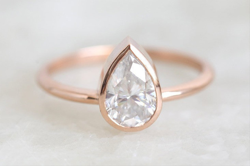 rose gold pear engagement ring