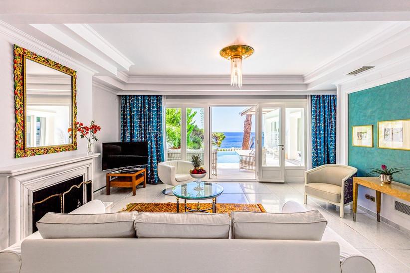 greece-honeymoon-honeymoon-hotels-in-greece-10