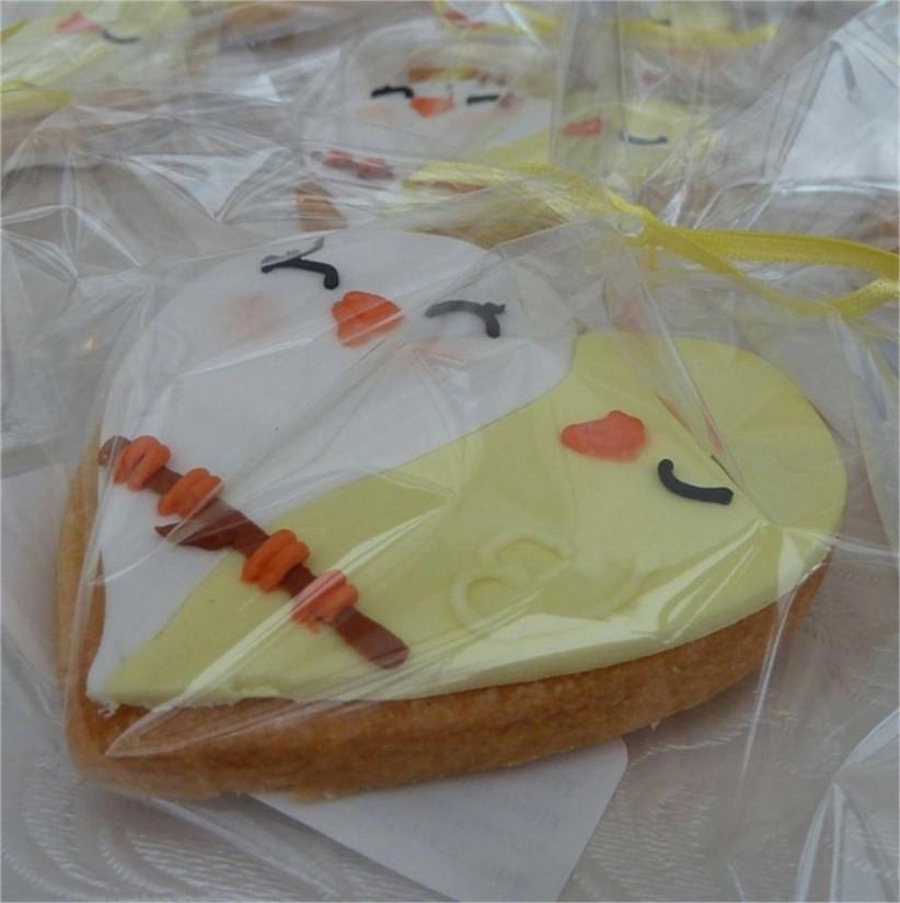 love-bird-style-wedding-biscuits