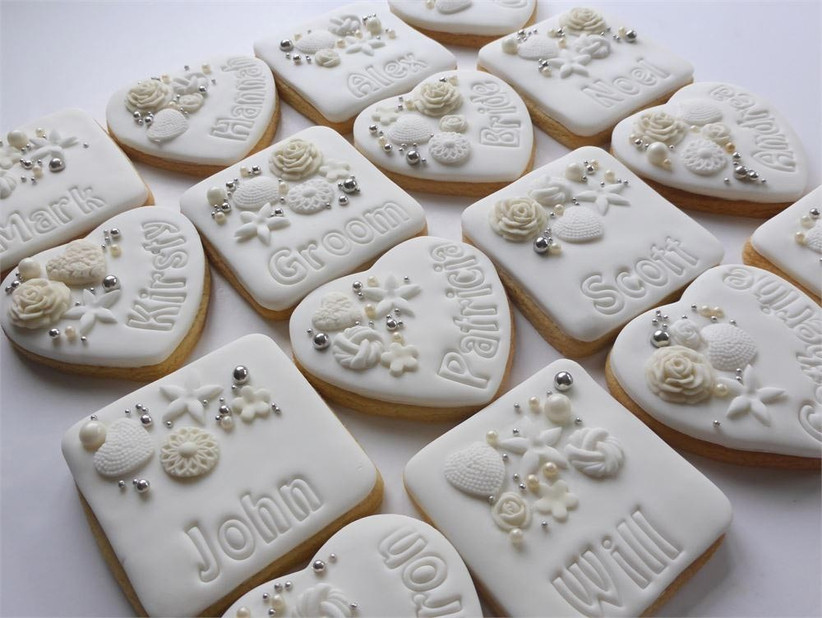 personalised-wedding-cookie-favours