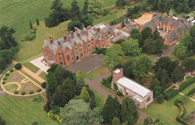 wroxall-abbey-estate-2