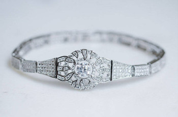 The Best Vintage Wedding Jewellery for Your 'Something Old'