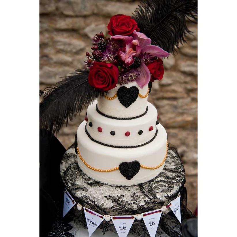 gothic-wedding-cake-2