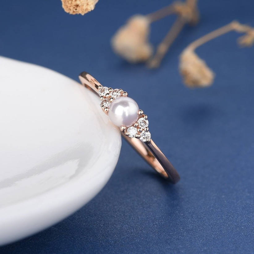 alternative-engagement-ring-pearl-idea-1