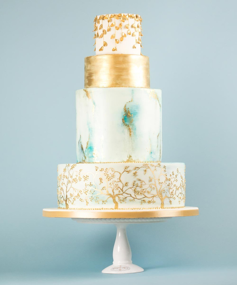 blue-and-gold-marbled-wedding-cake