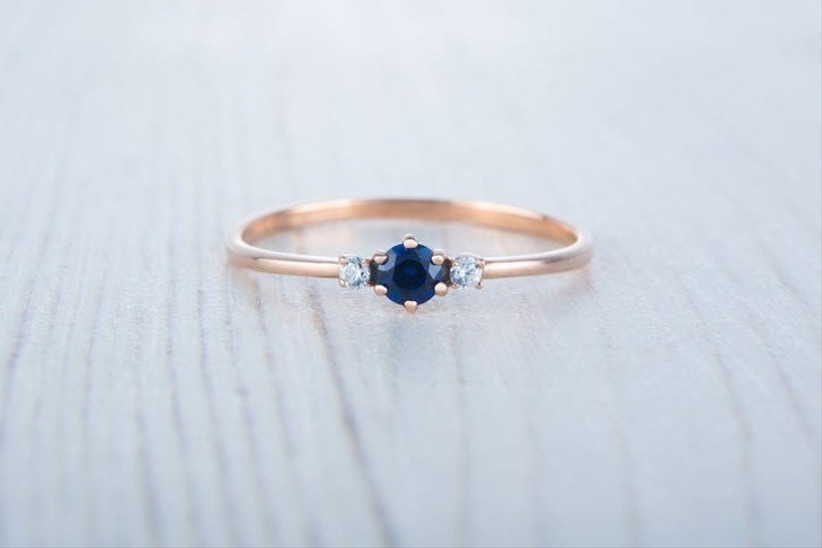sappire-and-moissanite-rose-gold-ring