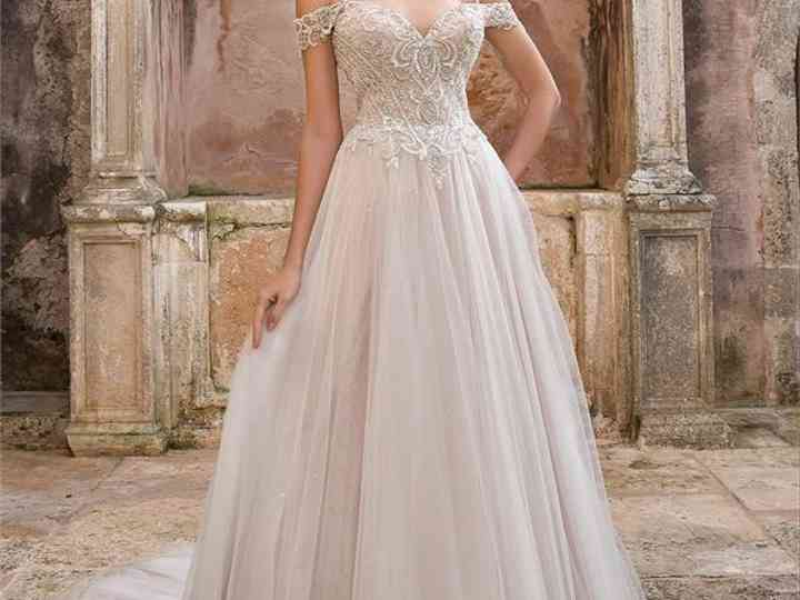 Tulle Wedding Dresses 23 Enchanting Gowns Worthy Of Royalty Hitched Co Uk