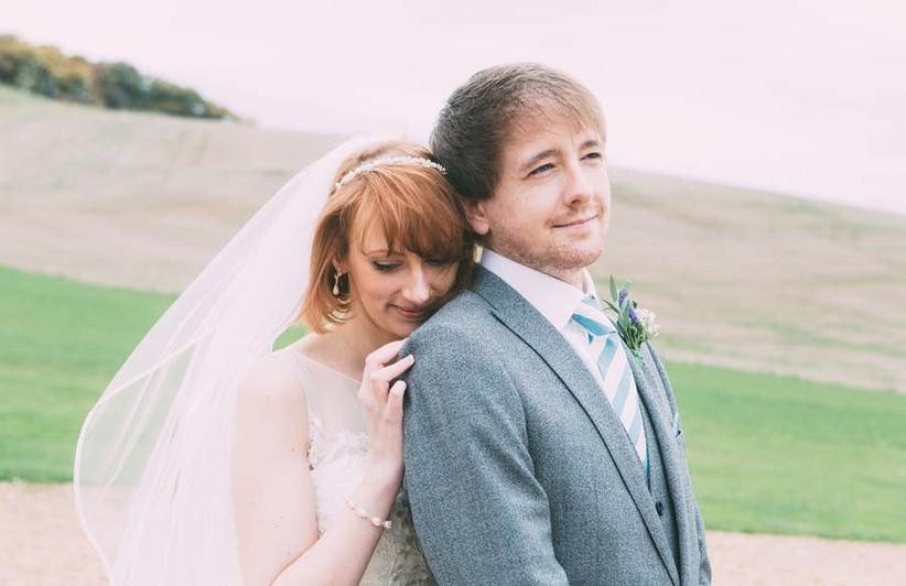 bride-with-auburn-bob-2