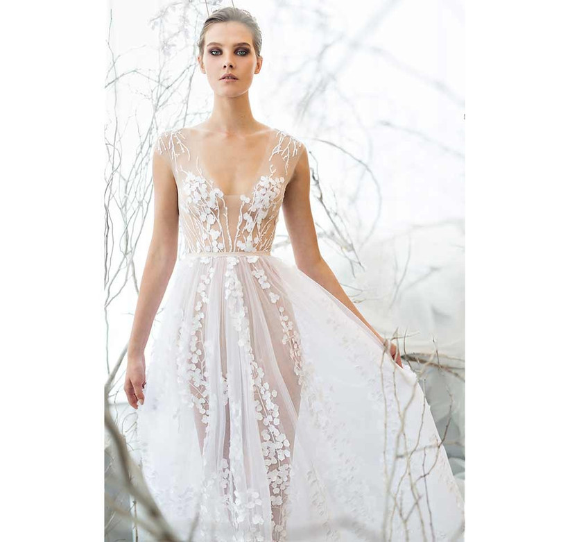 enchanting-sexy-wedding-dress