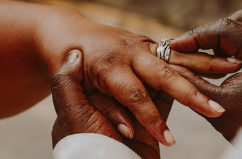 Thinking of Buying an Engagement Ring Online? Read This First