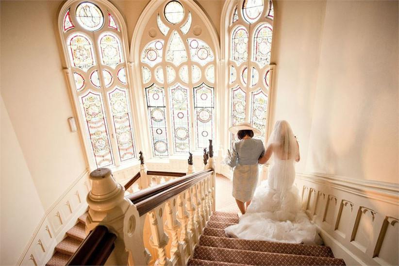 The-Elvetham-asian-wedding-venue-bride