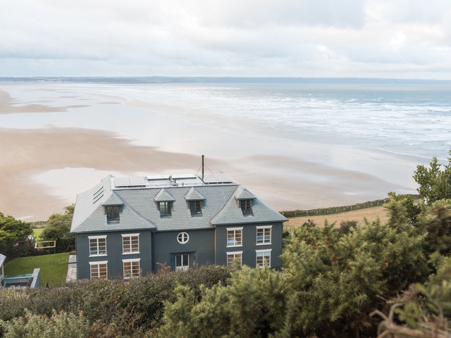 Chalet Saunton, Devon: Wedding Venue & Mini-Moon Review