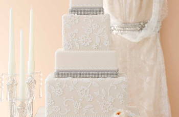 25 Lace Wedding Cakes That Will Take Your Breath Away