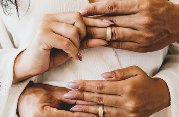 27 Cheap Wedding Rings That Look Anything but Budget