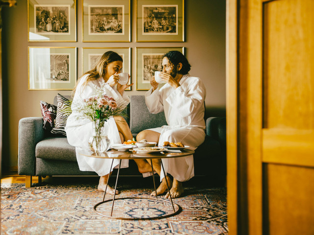 The Best Wedding Gift List Ideas 2021: 31 Creative and Cool Gifts