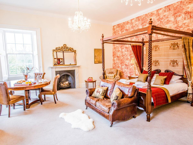Red and white Grande suite at Carberry Tower