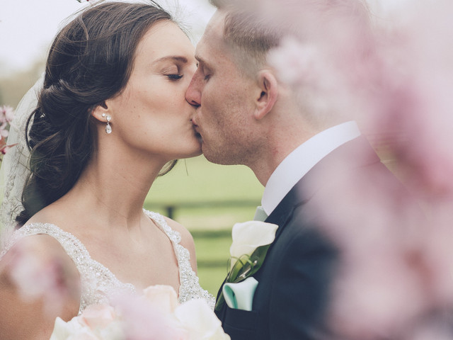 A Modern-Meets-Classic Ivory, Silver and Mint Wedding at Swynford Manor, Cambridgeshire
