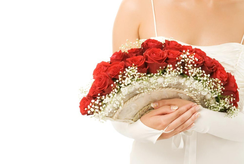 crescent-style-wedding-bouquet