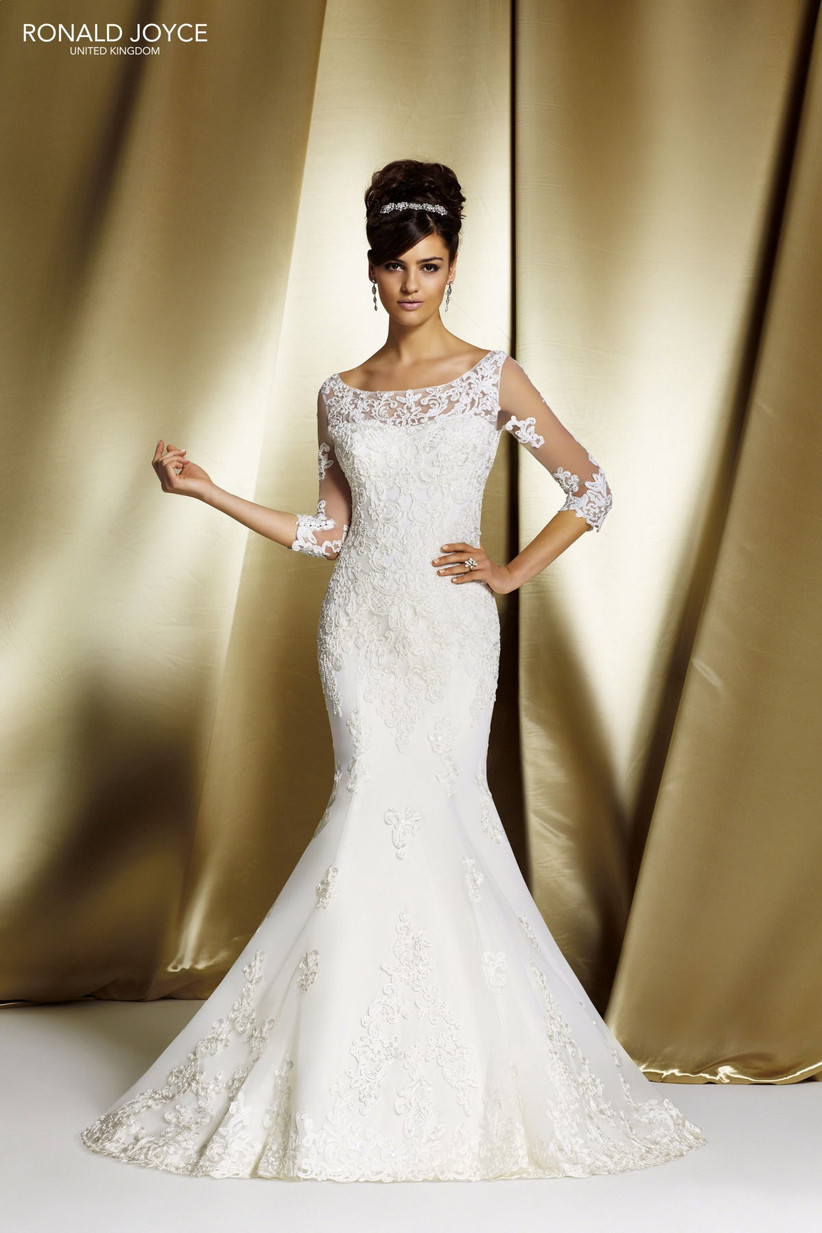 wedding-dresses-for-a-small-bust-14