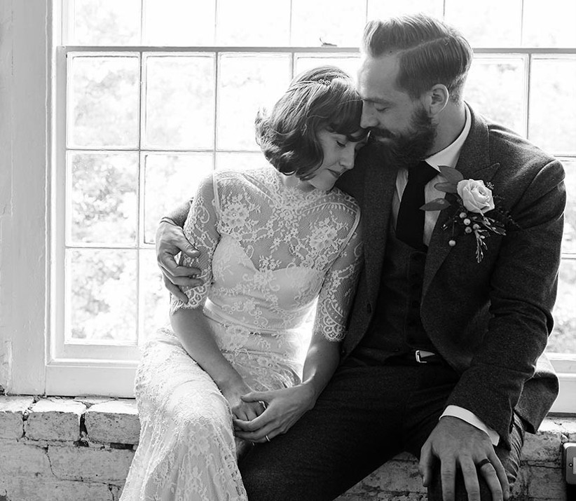 bride-and-groom-sharing-a-moment-away-from-the-wedding-2