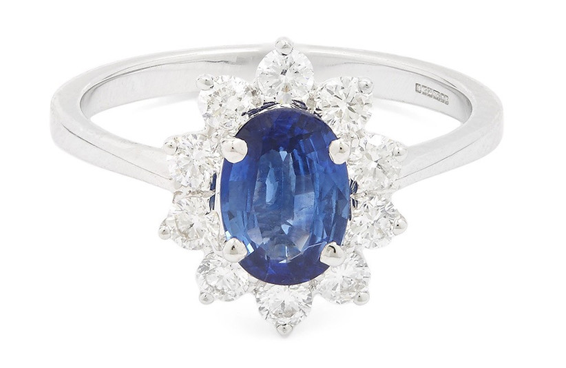 vintage-style-diamond-and-sapphire-engagement-ring