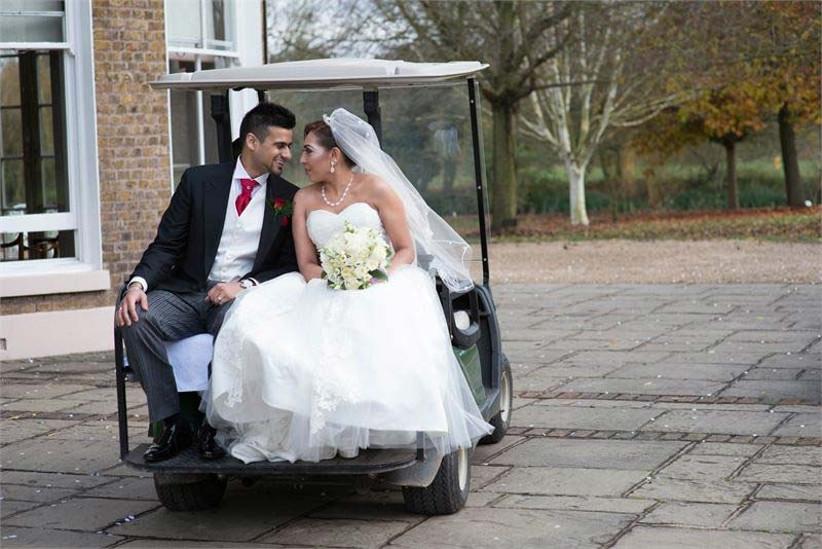 buckinghamshire-golf-club-is-a-countryside-sporting-wedding-venue-in-buckinghamshire