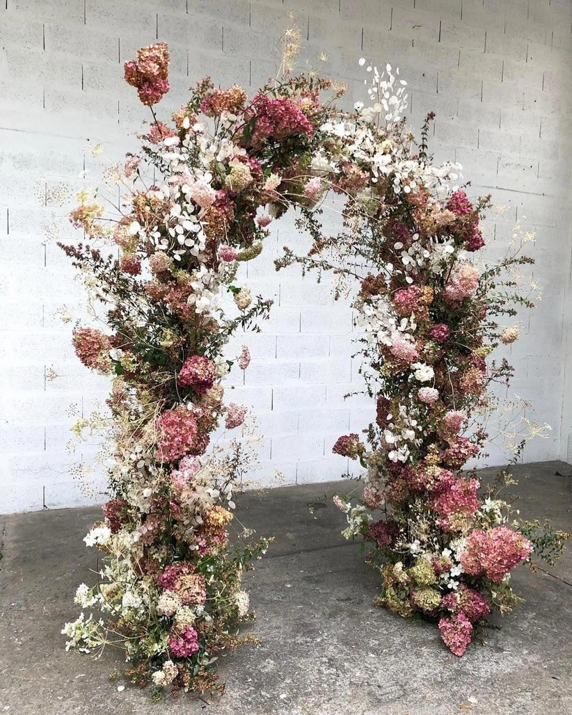 23 Creative And Beautiful Wedding Arch Ideas And How To Make Your Own Hitched Co Uk