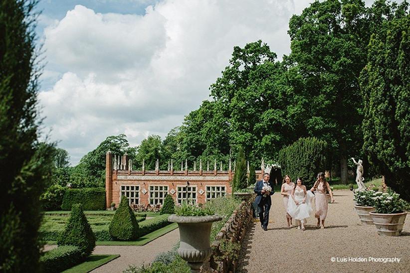 best-wedding-venues-in-norfolk-oxnead-hall-3