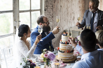 How to Write a Coronavirus Wedding Speech: The Best Speech and Toast Ideas