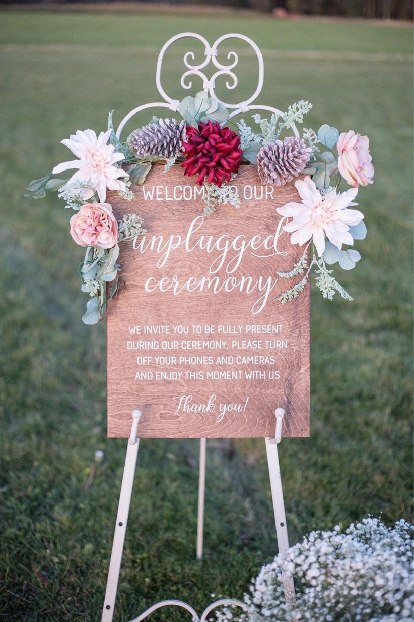 unplugged-wedding-sign-3