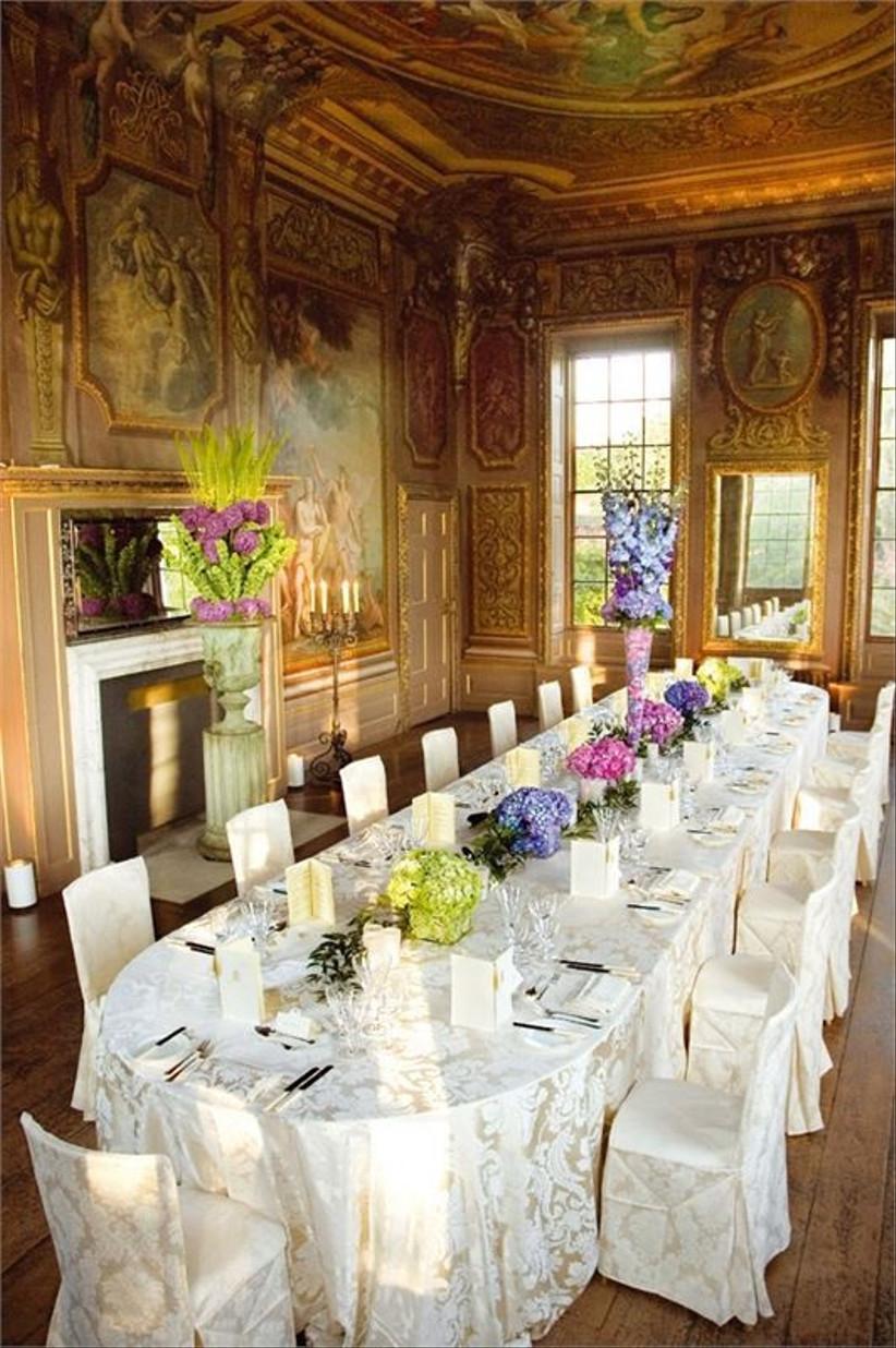 intimate-wedding-set-up-at-hampton-court-palace