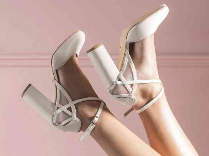 25 of the Best Ivory Wedding Shoes for