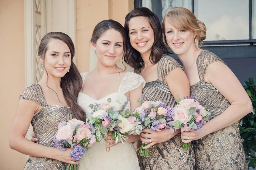 bridesmaids-in-gold-dresses