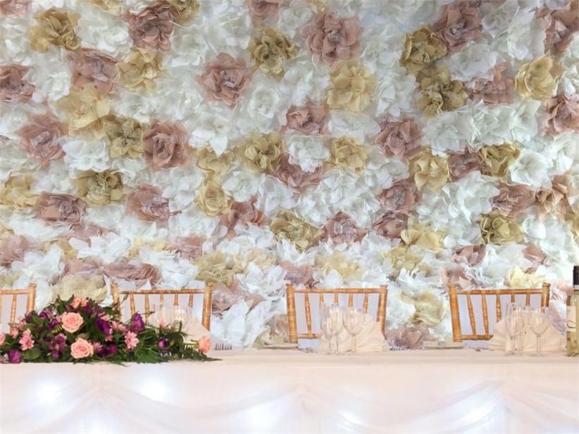 gold-wedding-back-drop