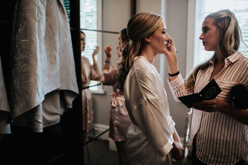 Hannah Dora Professional Makeup