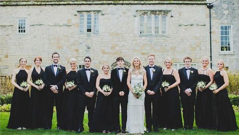 matching-bridesmaids-and-groomsmen
