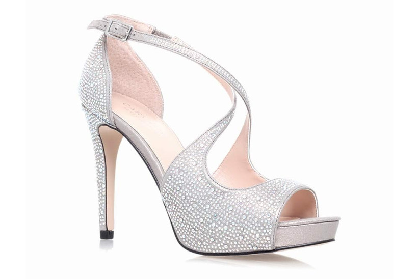 silver-wedding-shoes-2