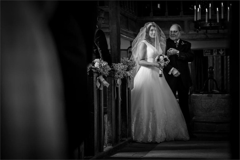 black-and-white-shot-of-the-bride-and-her-father-2