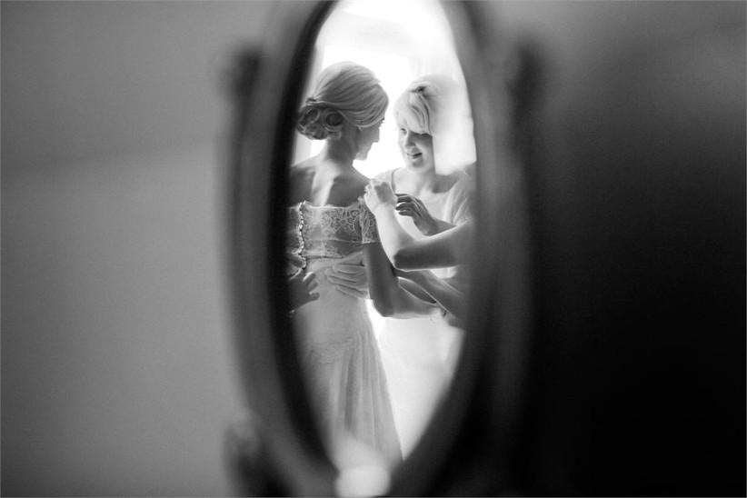 kristida-photography-bride-getting-read-2