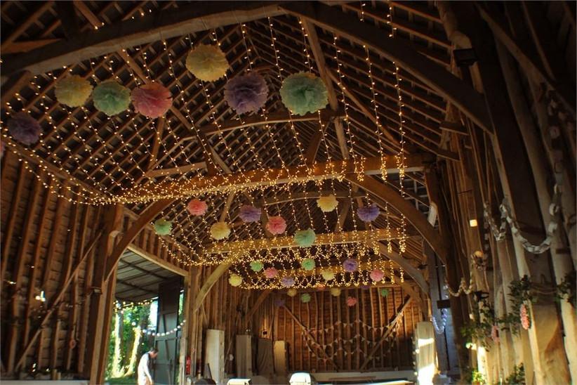 oakwood events decoration pom poms