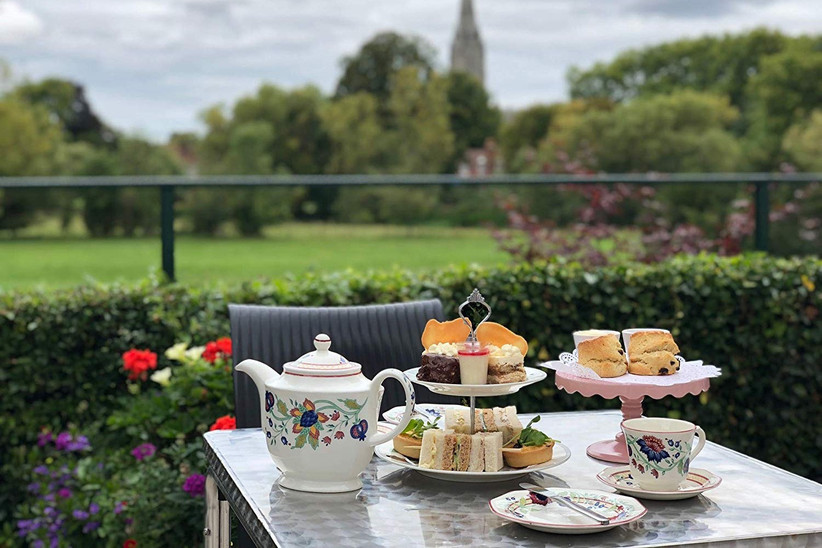 Afternoon tea for a couple