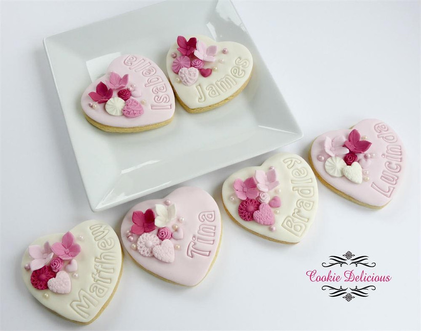 homemade-biscuit-wedding-favours